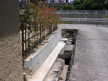プレキャストコンクリート L型擁壁 KOOGE-WALLの特長と歩掛り