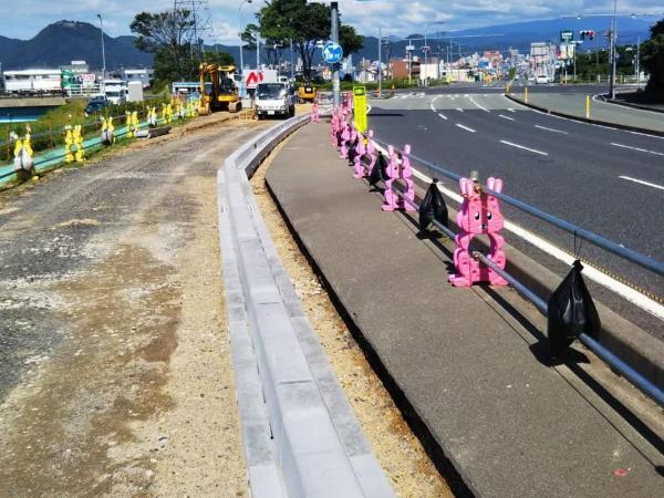 【かんたん側溝(固定蓋) U字溝】 鳥取県  (有)瀧建設 幸本様