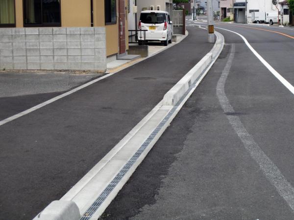【かんたん側溝(固定蓋) U字溝】 鳥取県 ご担当者様
